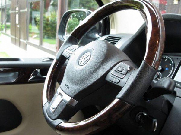 VW T5 + T6 Sportlenkrad Edelholz